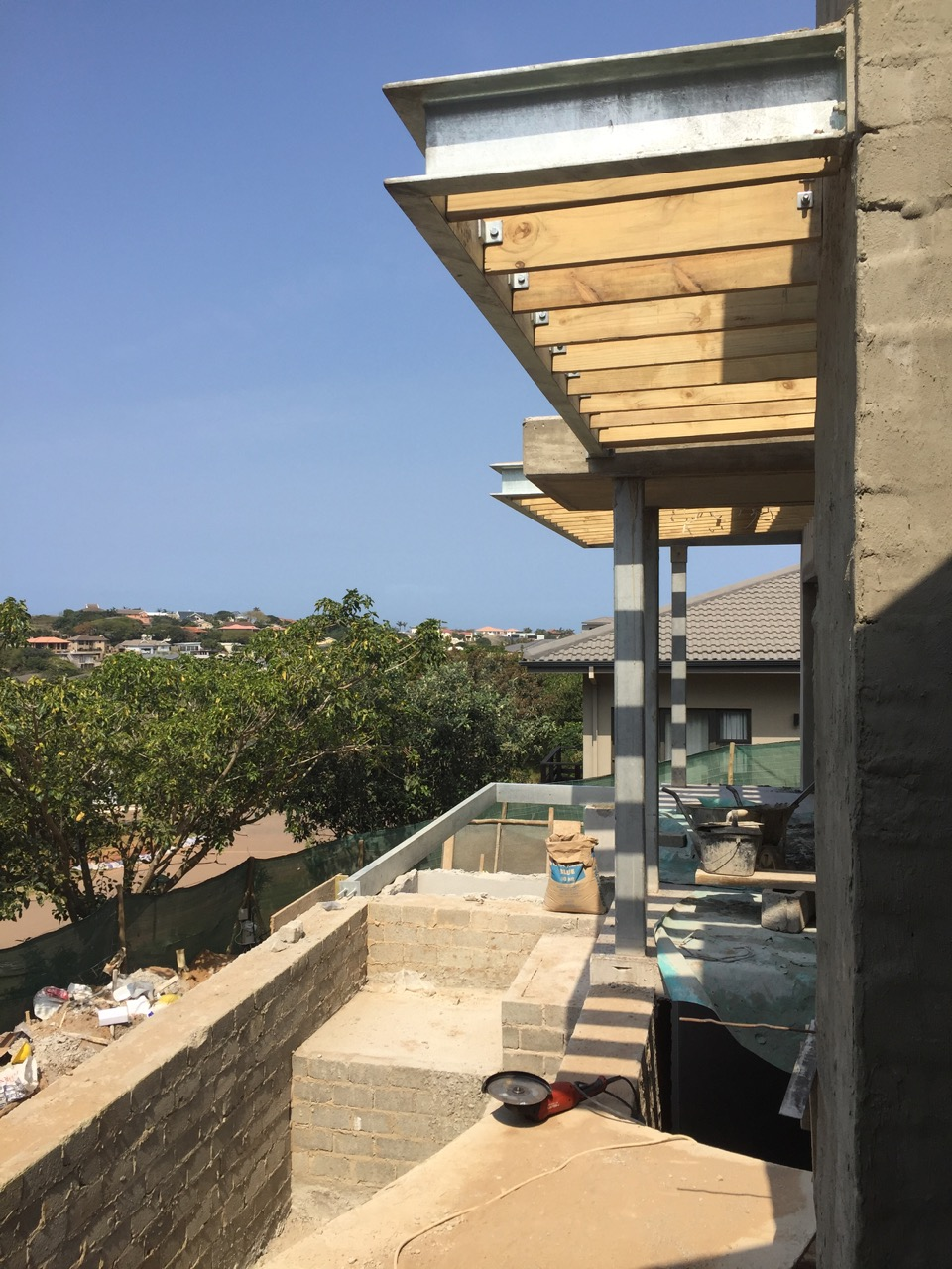 Pool - deck - pergola