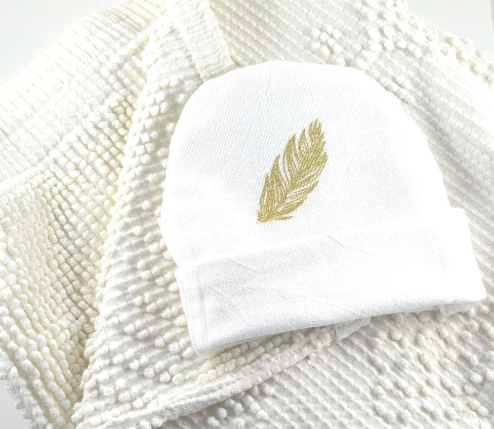 shoptwoblooms Baby Blanket & Hat.jpg