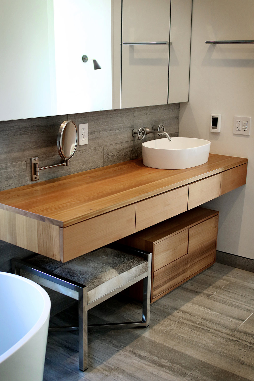 Bathroom design by  WISHBONE WOODWORKING
