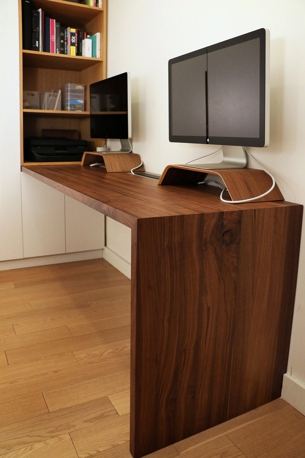 Murphy Bed & Desk design by  WISHBONE WOODWORKING