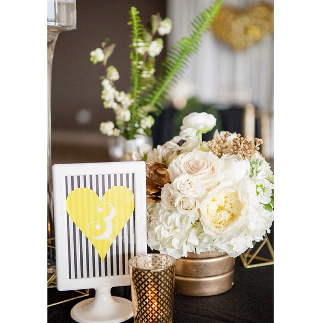 Pretty details! @papercrew @pixiespetals photo credit: @kristinaleephotography