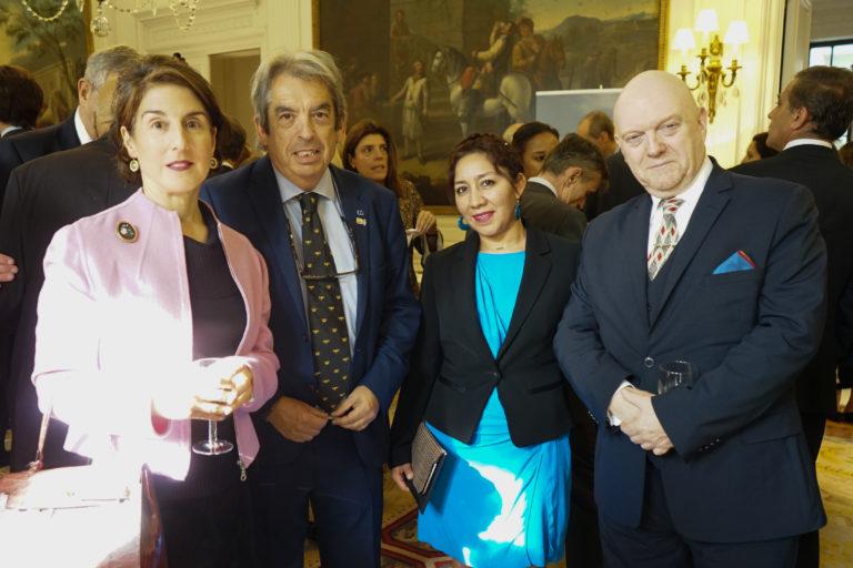 12-octubre-2017-Embajada-Londres-88-768x512.jpg