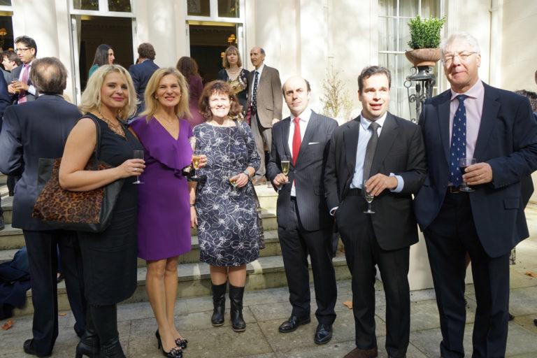 12-octubre-2017-Embajada-Londres-67-768x512.jpg