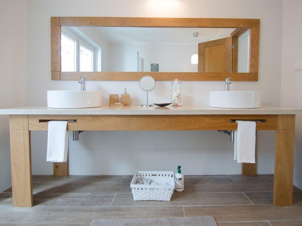 bathroom double sink 1.jpg