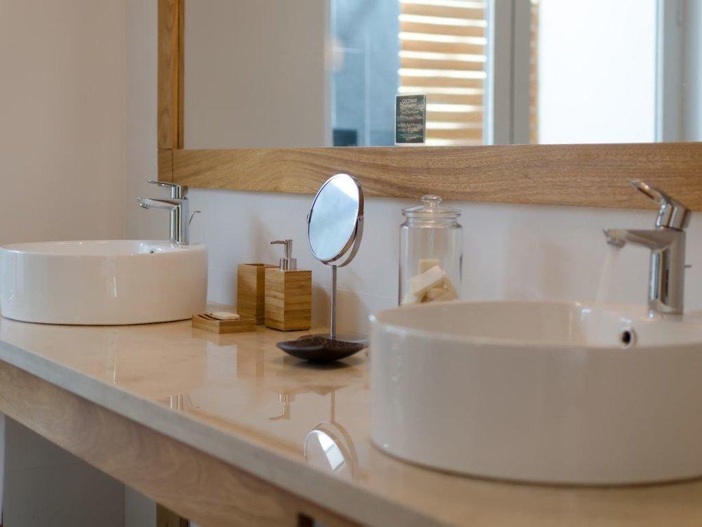 double sink 2.jpg