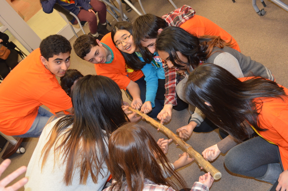Team building at the Youth Conference on Social Justice and Diversity. Image by CCSYR.