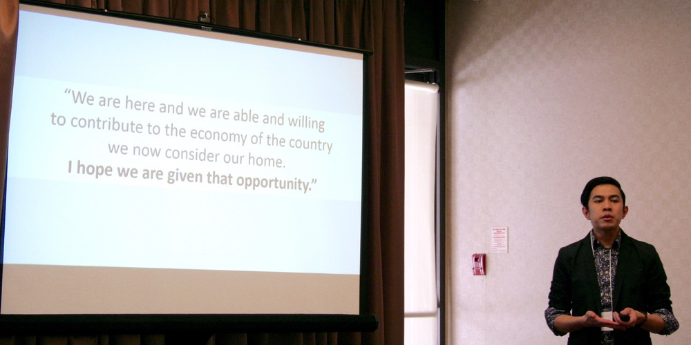 Rowell Clarito Perez presents his newcomer experience as a foreign-trained teacher. Photo by Hywel Tuscano