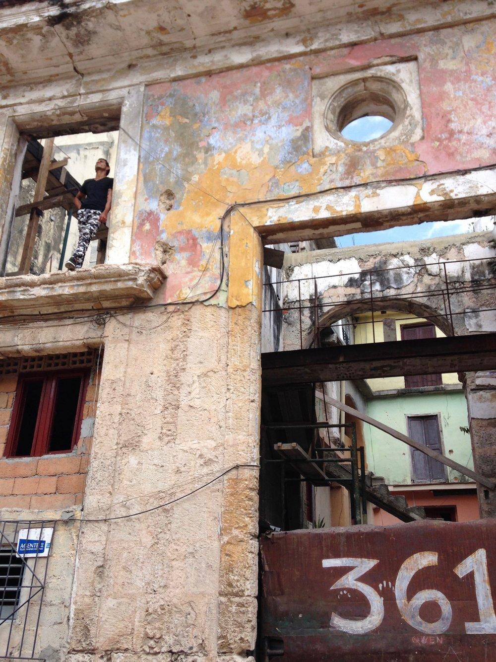 Habana Vieja. Photo by J. Austria