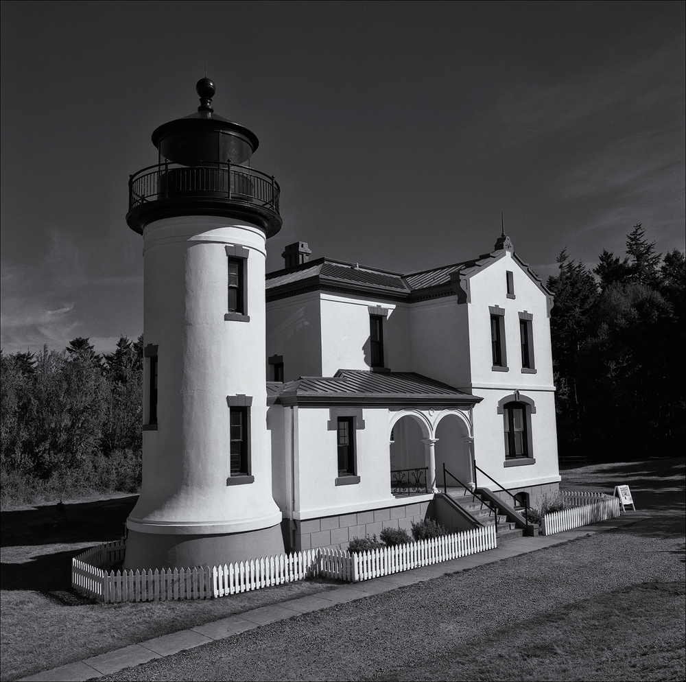 Ft. Casey Lighthouse.jpg