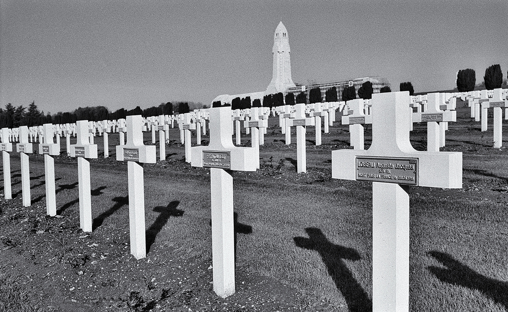Verdun cemetary.jpg