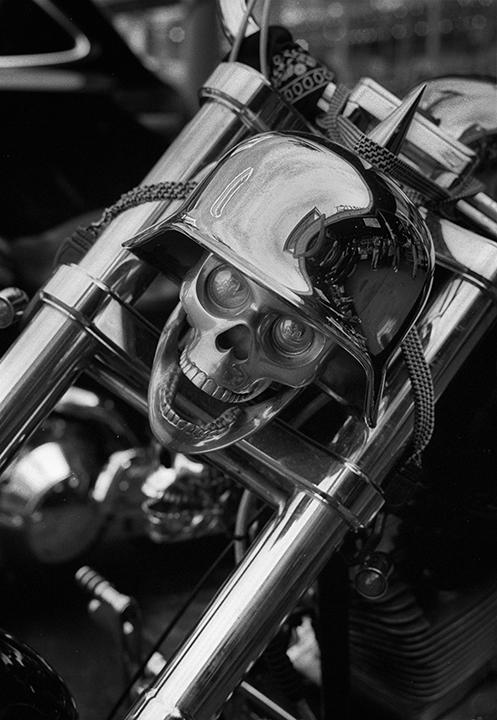 Skull bike.jpg