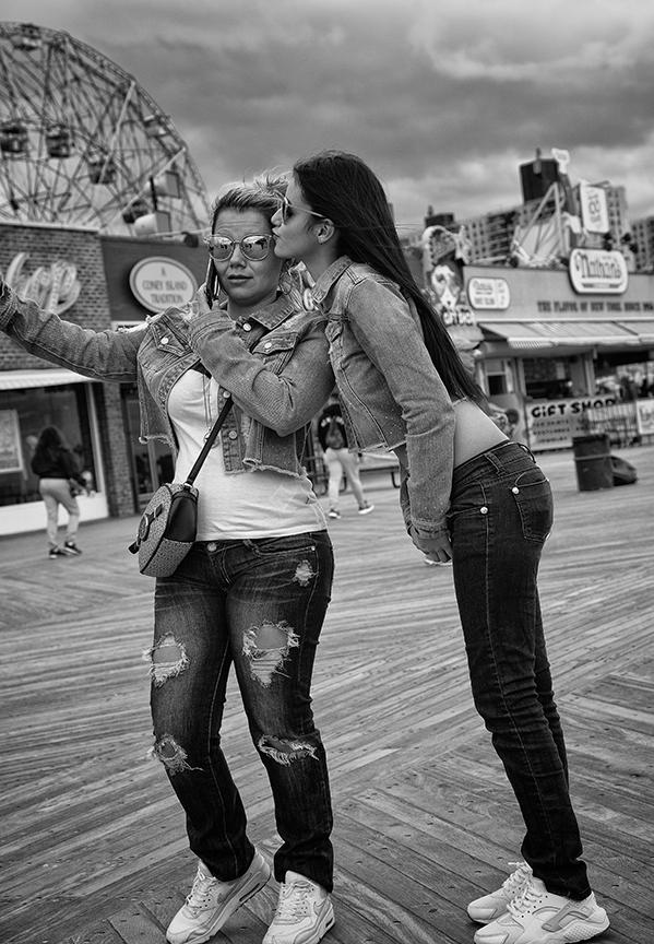 Coney Island girls.jpg