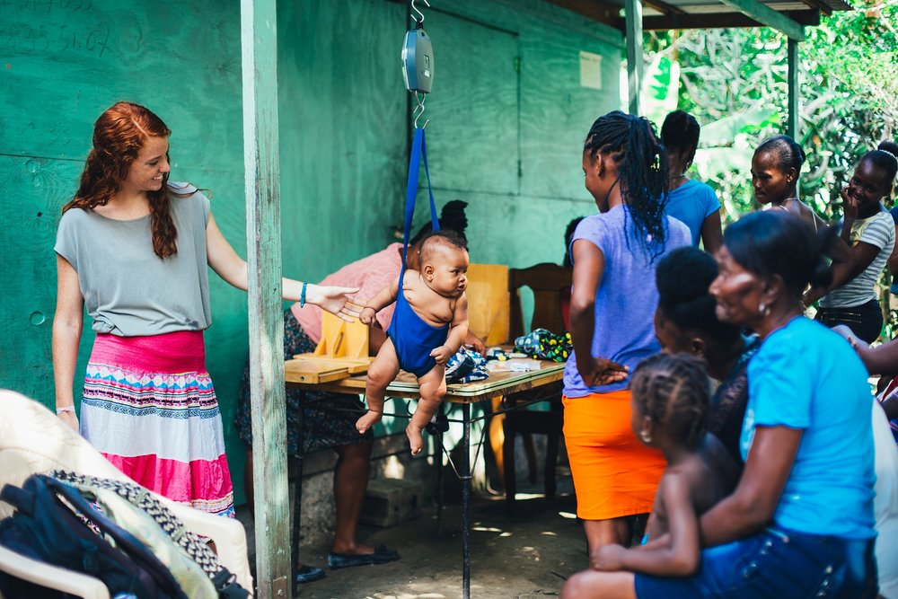 Kore Timoun provides: - A rewarding professional experience, housing and meals, 20 vacation days a year and all Haitian holidays, a monthly stipend to cover the cost of living expenses in Haiti.