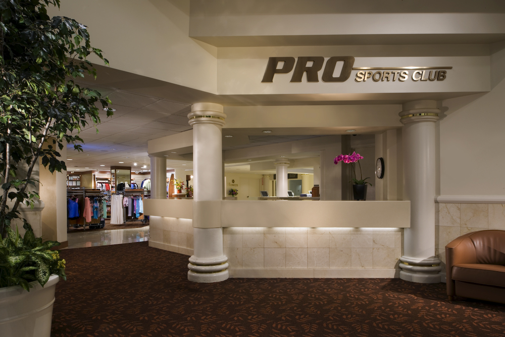 PRO Sports Club, Bellevue, WA, USA