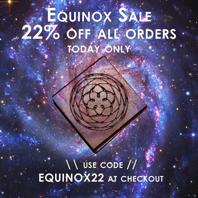 Cosmic cycles, here we are celebrating the Equinox! 22 percent off all orders, today only in the Dessert Medicine shop 💫💫💫 enter code EQUINOX22 at checkout. Get your chocolate ON! 🙏🏼 http://www.dessertmedicine.com/shop/     #dessertmedicine #equinox #chocolate #feelit #kissofvenus #beautybar #cacao #highvibe #cosmic #22