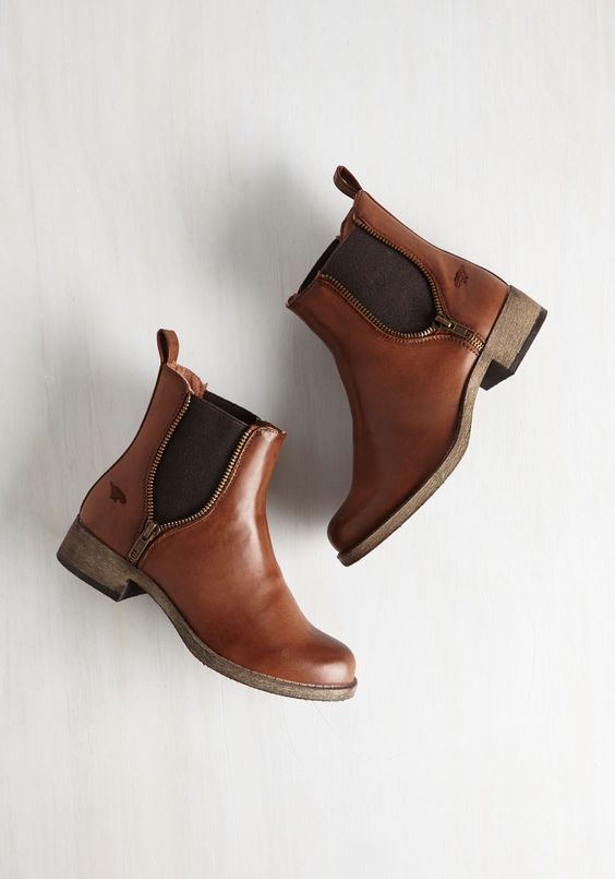 Laura: Brown Boots