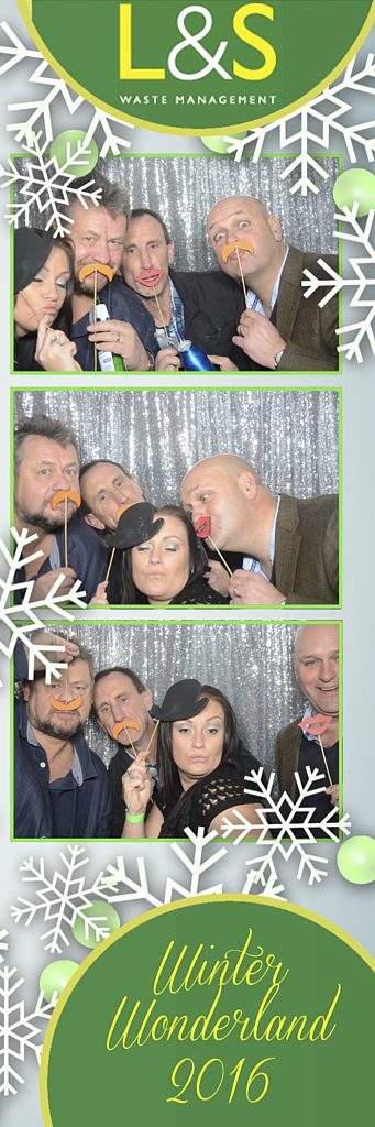L&S Waste Xmas Photobooth DS201853.jpg