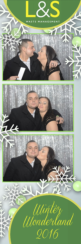 L&S Waste Xmas Photobooth DS202743.jpg
