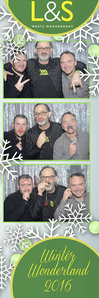 L&S Waste Xmas Photobooth DS204756.jpg
