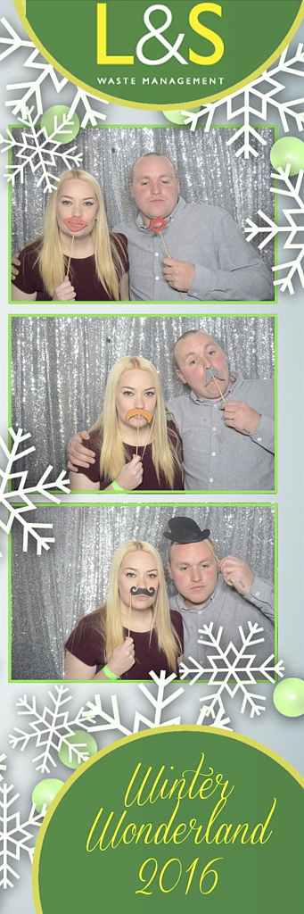 L&S Waste Xmas Photobooth DS211834.jpg