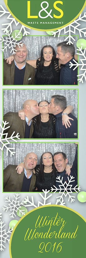 L&S Waste Xmas Photobooth DS213322.jpg