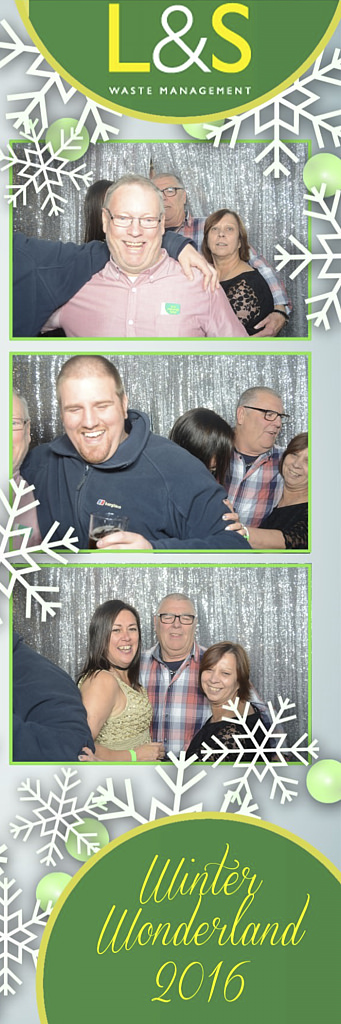 L&S Waste Xmas Photobooth DS221143.jpg