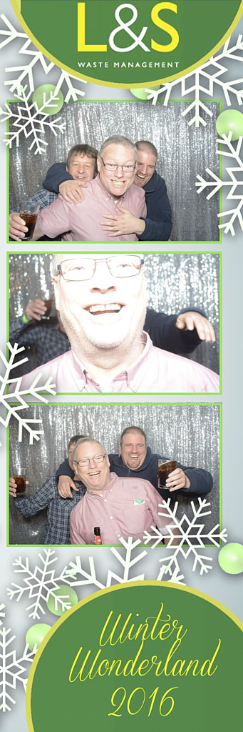 L&S Waste Xmas Photobooth DS222703.jpg