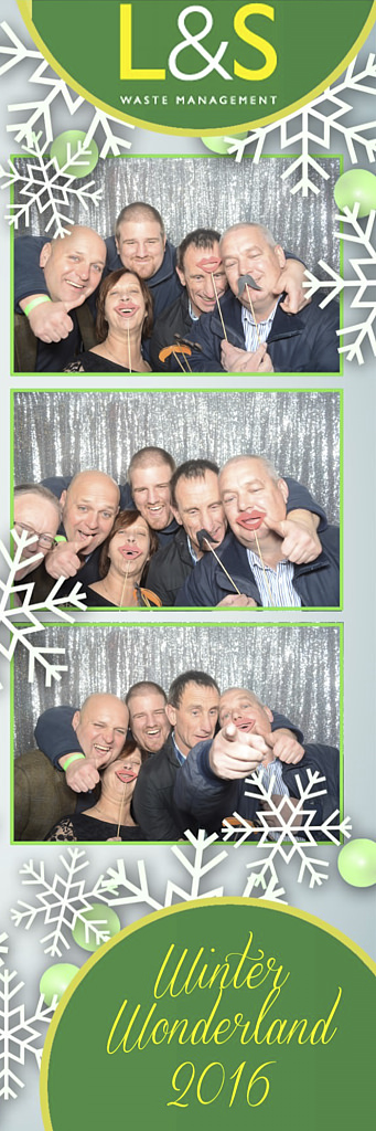 L&S Waste Xmas Photobooth DS224812.jpg