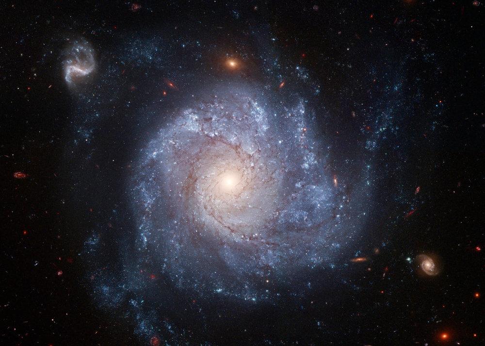 2006-galaxy_spiral_NGC_1309.jpg