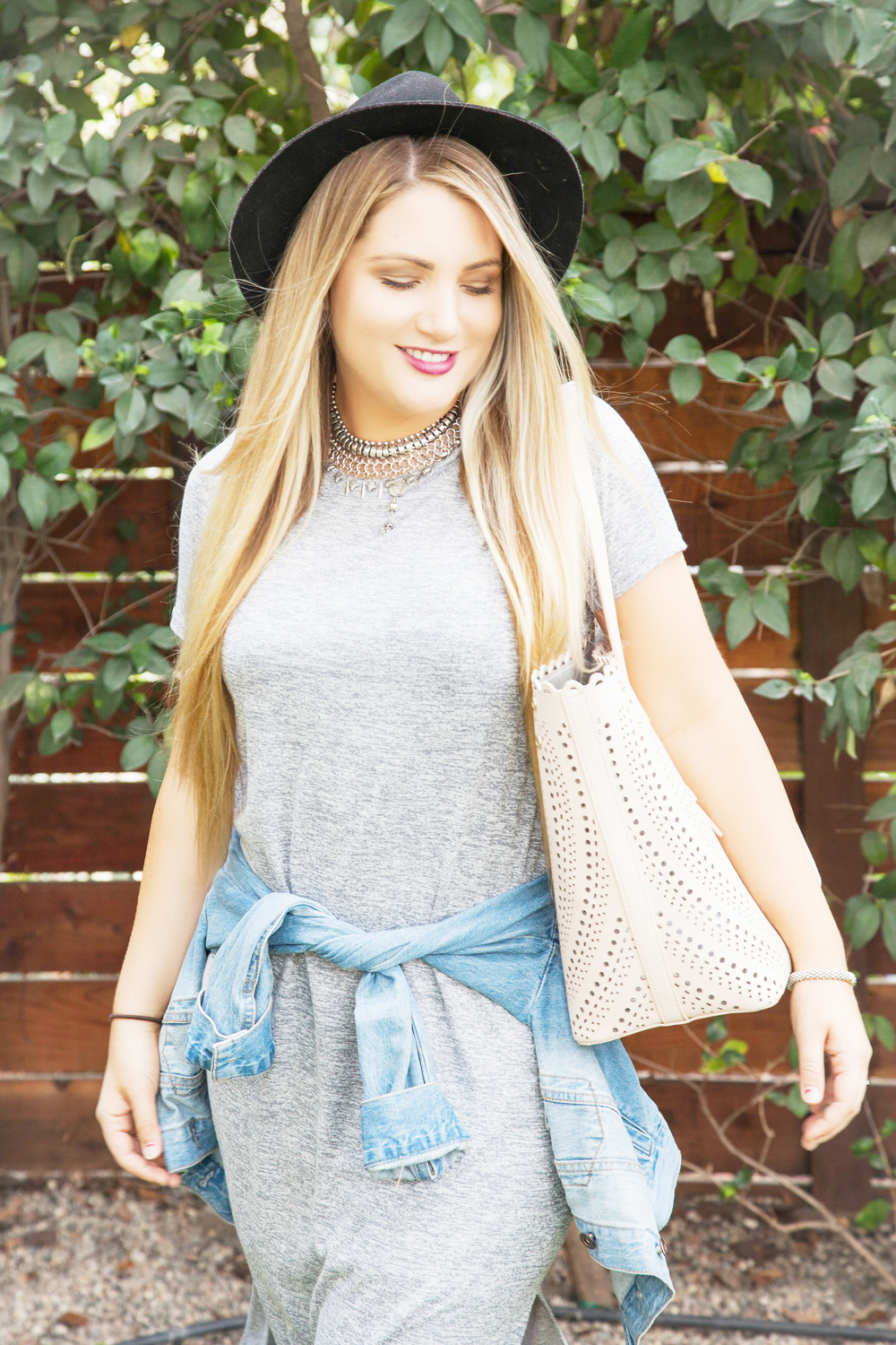 Forever 21Marled Knit T-Shirt Dress, Forever 21 Classic Denim Jacket, Free People Metal Choker