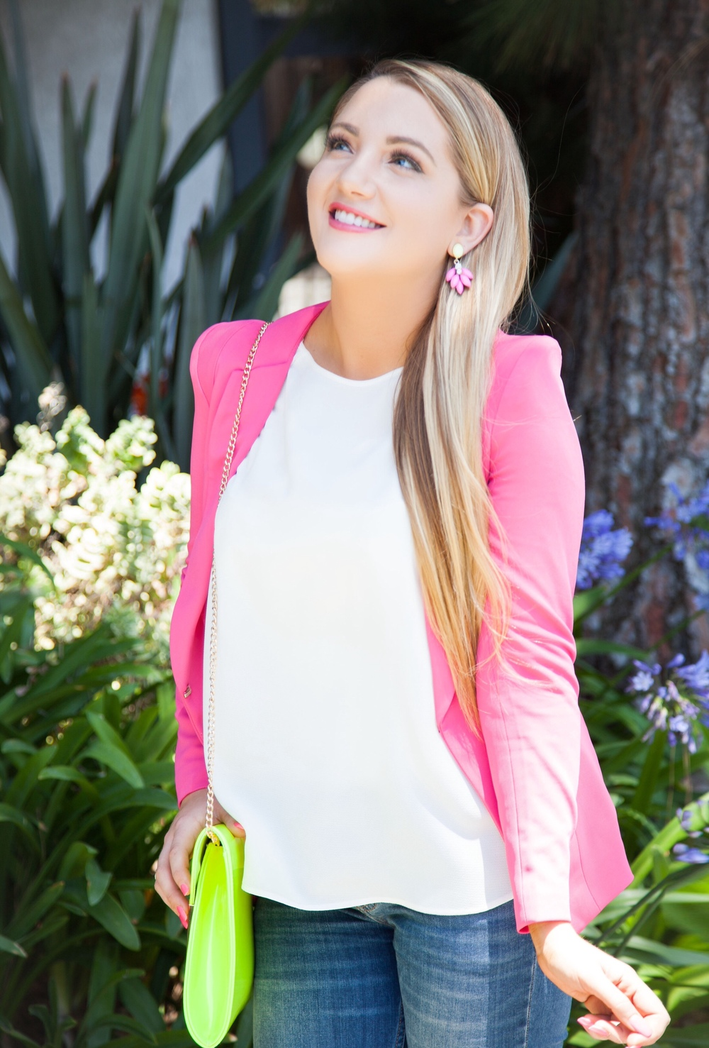 Hee Grand Women's Slim Suit, Mango White Pleated Neck Crepe Blouse, Neon Clutch