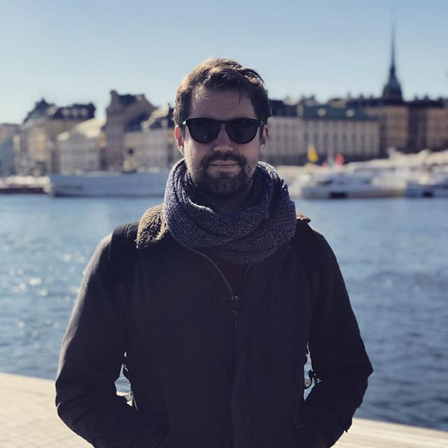 A European Affair // A Brit wearing the best of Danish design in Stockholm.  Each pair of Han Kjøbenhavn sunglasses is crafted from premium Italian acetate and utilises the finest sun lenses by Carl Zeiss, Germany.  The perfect way to protect those 👁 over the long, sunny weekend. 🇸🇪🇬🇧🇩🇪🇩🇰🇮🇹