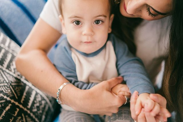 We're not sure why...but Sunday snuggles are the very best. Who's with us? 💙 .⠀ .⠀ .⠀ .⠀ .⠀ .⠀ .⠀ #mother #mothermovement #mothermanifesto #motherhood #momlife #momlifeisthebestlife #momliferocks #momlifestyle #momlifeforever #commonthread #mommyblog #mommybloggers #mommylife #parentingblog #pregnancyblog #momitforward #motherhoodunplugged #letthembelittle #nothingisordinary #uniteinmotherhood #dailyparenting #mytinymoments #livethelittlethings #livesimple #thehappynow #slowsunday #sundaysnuggles #babylove #mamalove #sundayvibes