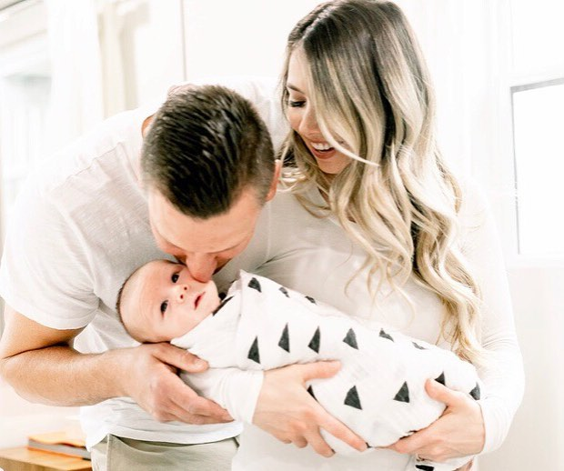 Hi Everyone! I'd recently taken a hyadious from IG, to focus on the preparation and welcome of our little bundle of joy! In the spirit of #fridayintroductions , I'm so happy to introduce Cooper James 👶🏼 . . . Cooper arrived January 15th, and has taken over our world and hearts 💙 Hard to believe that he's already 2 months old, the time is sure flying by!! I look forward to sharing our ventures with this little guy ✨ . . 📸: @michellefloresphotography