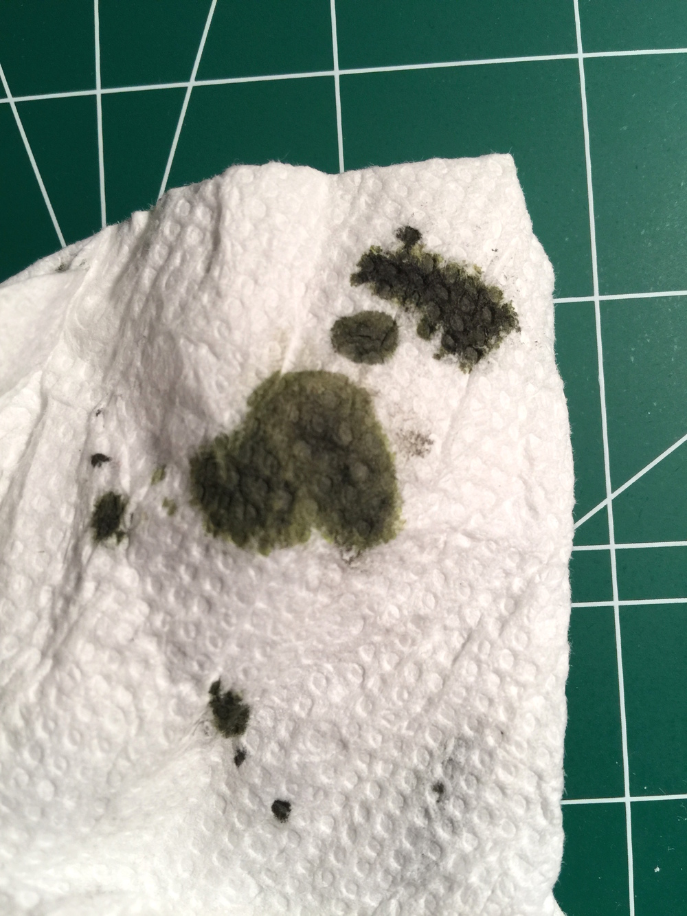 El Lawrence on a paper towel - Definitely a used motor oil look