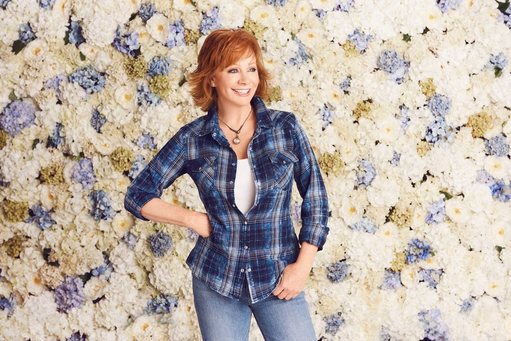 Reba McEntire shot by Cameron Powell   ADR set design for dillards