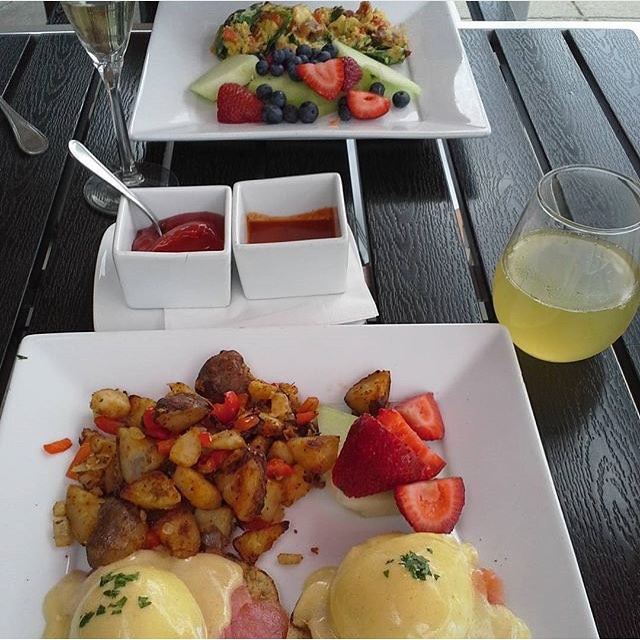 Visions of brunch. #food #brunch #thedetourbistrobar #bestdetourever