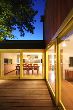 Nelson-Road---Decking-01-Marc-Dixon-Architect-small.jpg