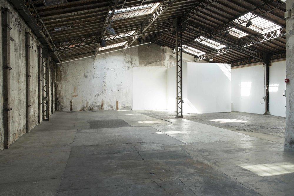 Galerie Topographie de l'art - Situé dans le quartier du Marais à Paris, TOPOGRAPHIE DE L'ART est un espace d'exposition dédié à la création contemporaine.Il a été créé en 2001 par un collectif d'artistes et d'historiens d'art afin de produire et de montrer des projets artistiques qui s'inscrivent avec originalité au cœur des réflexions, des préoccupations, des problématiques de notre époque.15 rue de Thorigny, 75003 Parishttp://www.topographiedelart.fr/