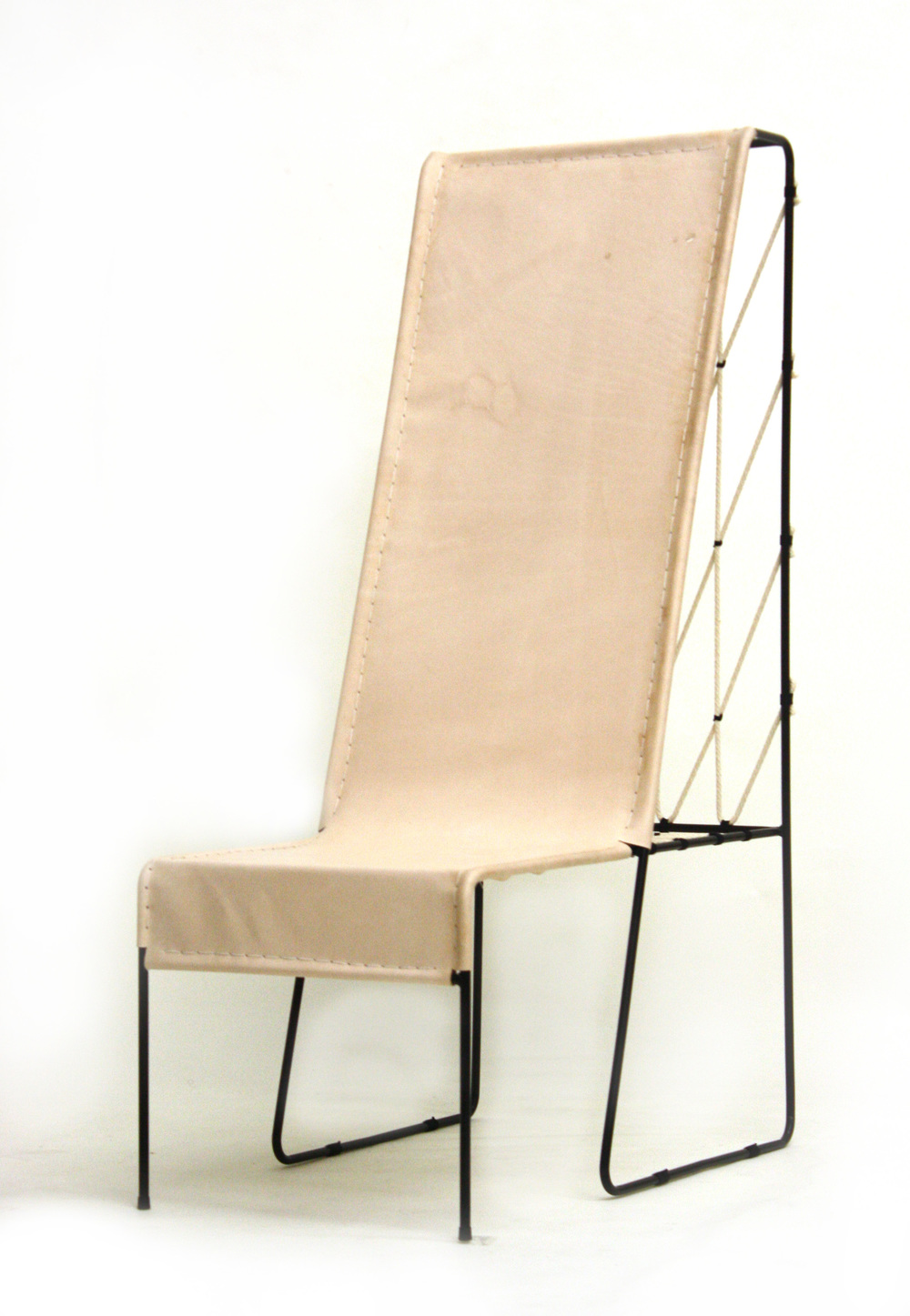 Paper Clip Lounge , 2012  Steel rod, leather, cotton rope