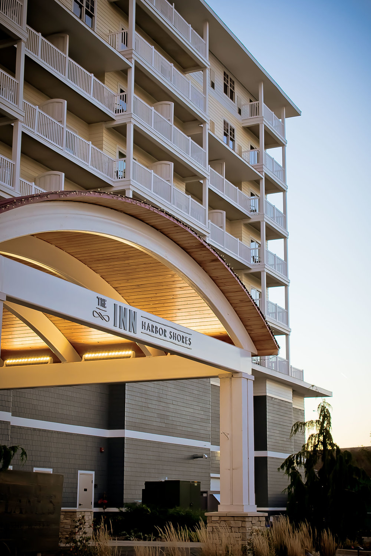 Vertical Hotel 3.jpg