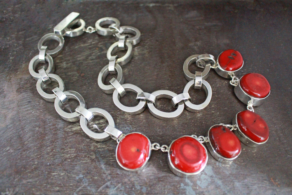 Coral miranda necklace