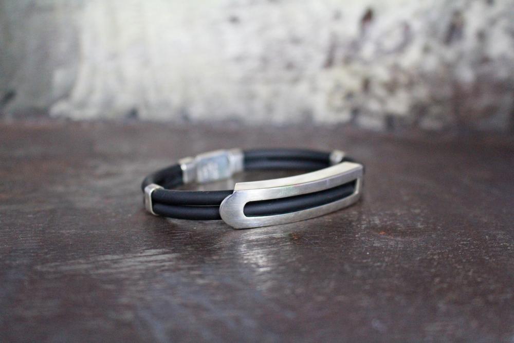 Sterling silver & rubber bracelet