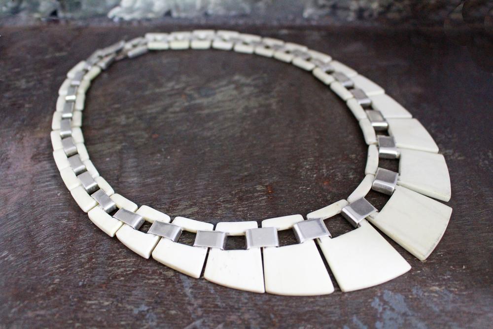 Bone becklace