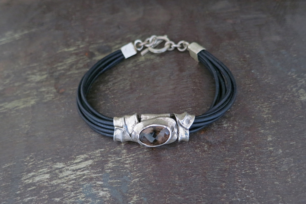 Smokey quartz & leather bracelet