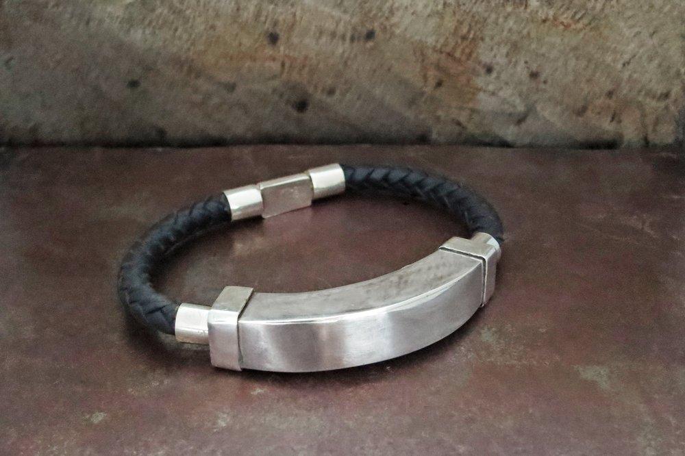 Leather & sterling silver bracelet