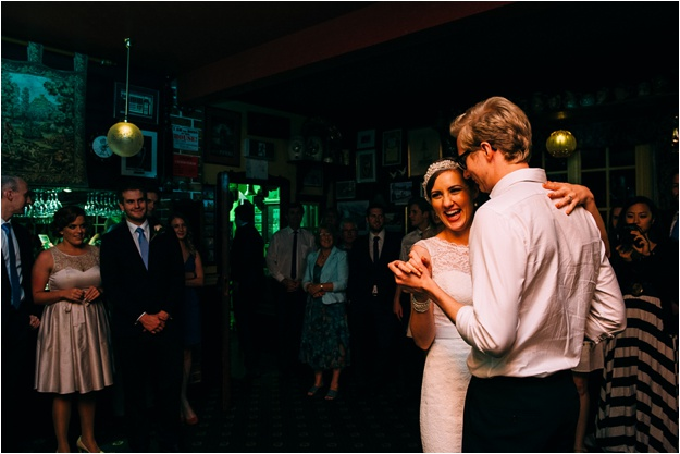 Gold_Coast_wedding_photography_fox_and_hounds_country_inn_0163.jpg