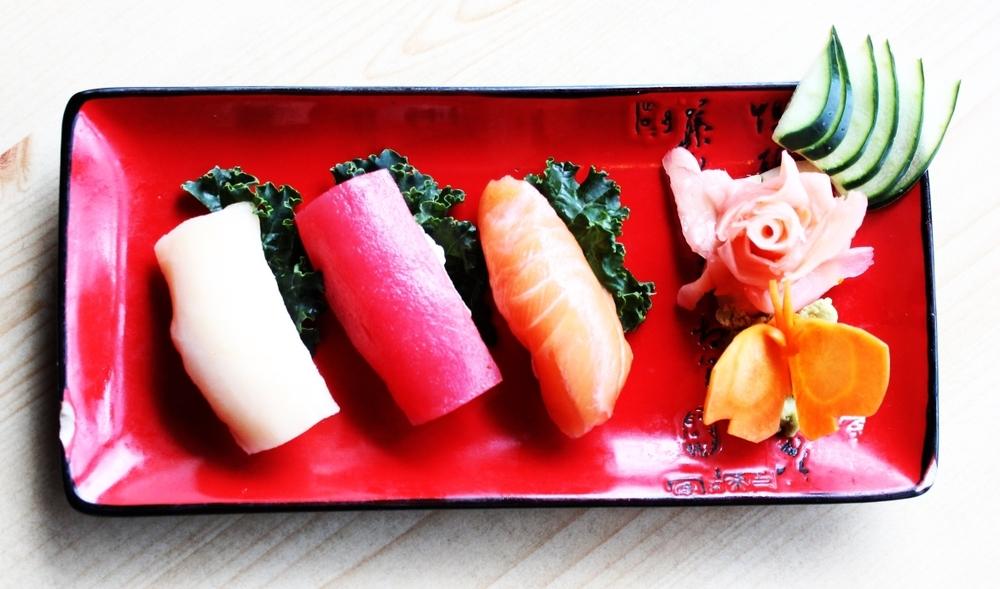 Sashimi_Sushi_Appetizer_Indo_Thai