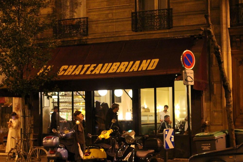 凌晨一點走出 Le Chateaubriand
