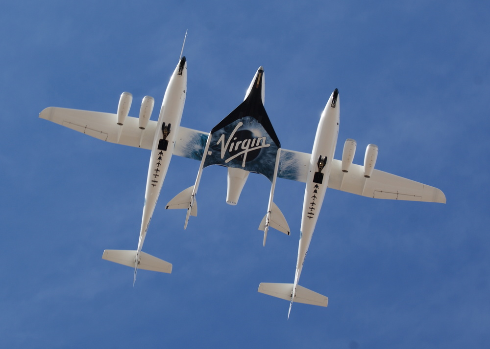 White_Knight_Two_and_SpaceShipTwo_from_directly_below.jpg
